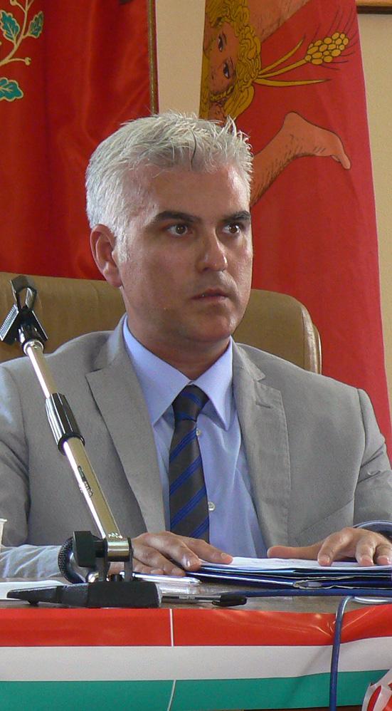 Presidente consiglio Antonio Di Caro