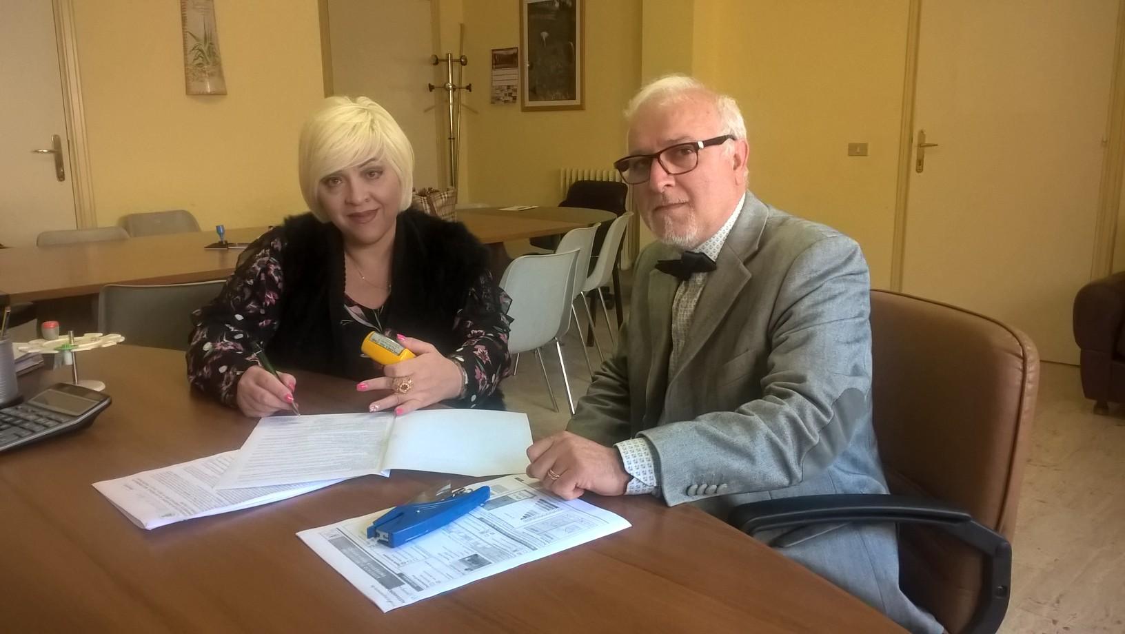 Bellia e La Verde firma_contratto